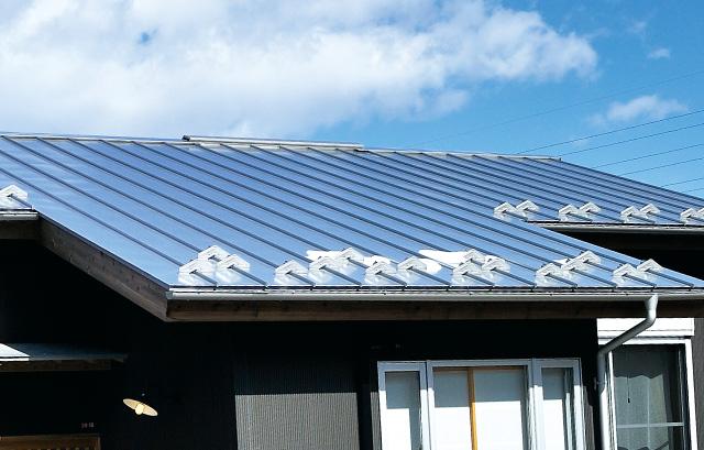 屋根・雨桶|ガルバニウム鋼板の写真